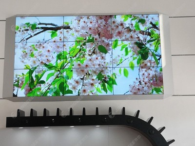 天津亚实履带(天津)有限公司49寸3.5mm 3*3液晶拼接屏