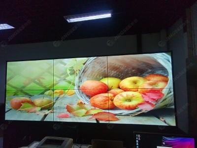 北京泰达时代中心地下停车场55寸3.5mm 2*3液晶拼接屏