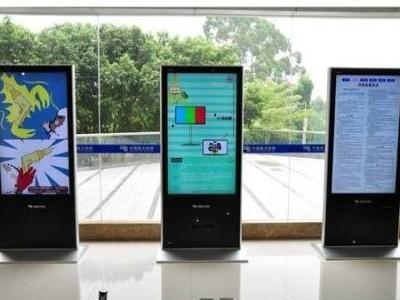 景信科技直角落地式液晶广告机为什么如此受客户喜爱?