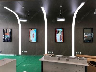液晶广告机可以室内室外通用吗?