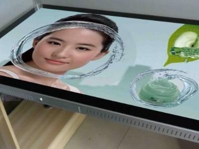 天津液晶广告机不同领域的使用