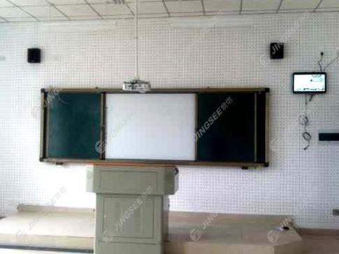 宁夏银川市九中阅海分校26寸壁挂广告机