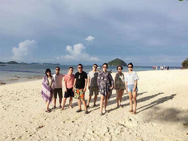 景信科技:2017年泰国游合影