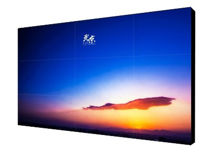 21.5寸液晶广告机-壁挂式